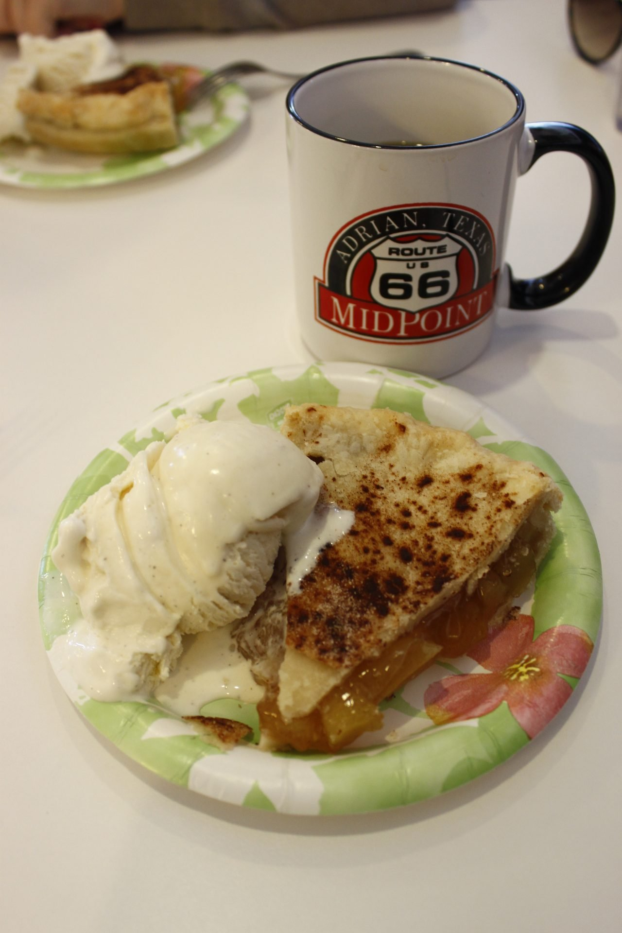 Midway Cafe Apple Pie Route 66 USA Texas