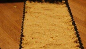De bodemvoor de witte chocoladetaart met peertjes