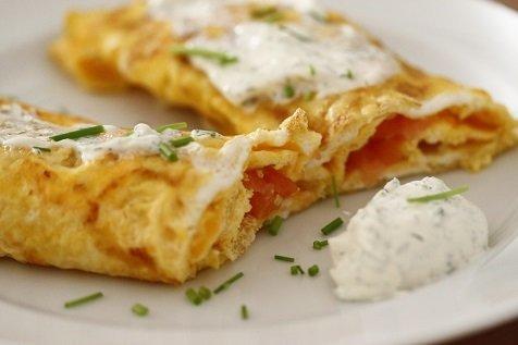 omeletwraps met zalm lekker paasontbijt