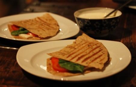 Quesadilla's Griekse Style