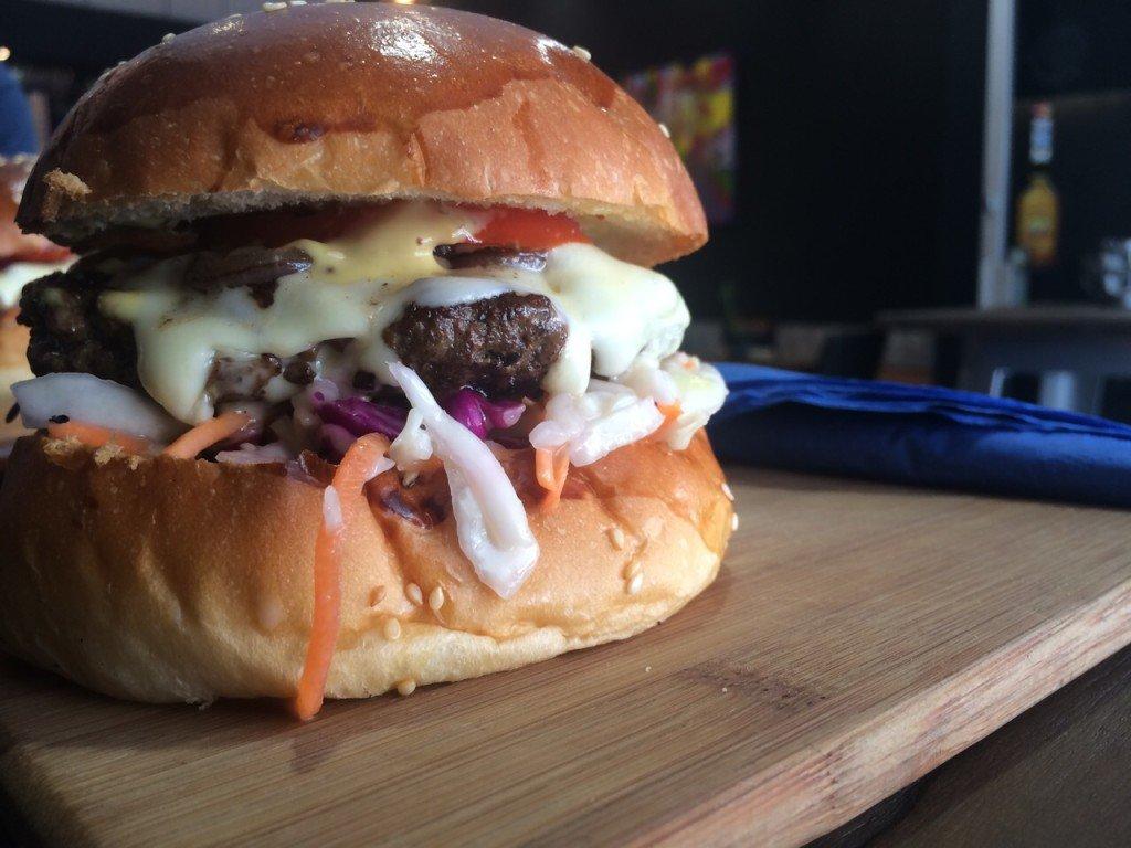 Lekker eten in Adelaide Kust Glenelg Burger Bar