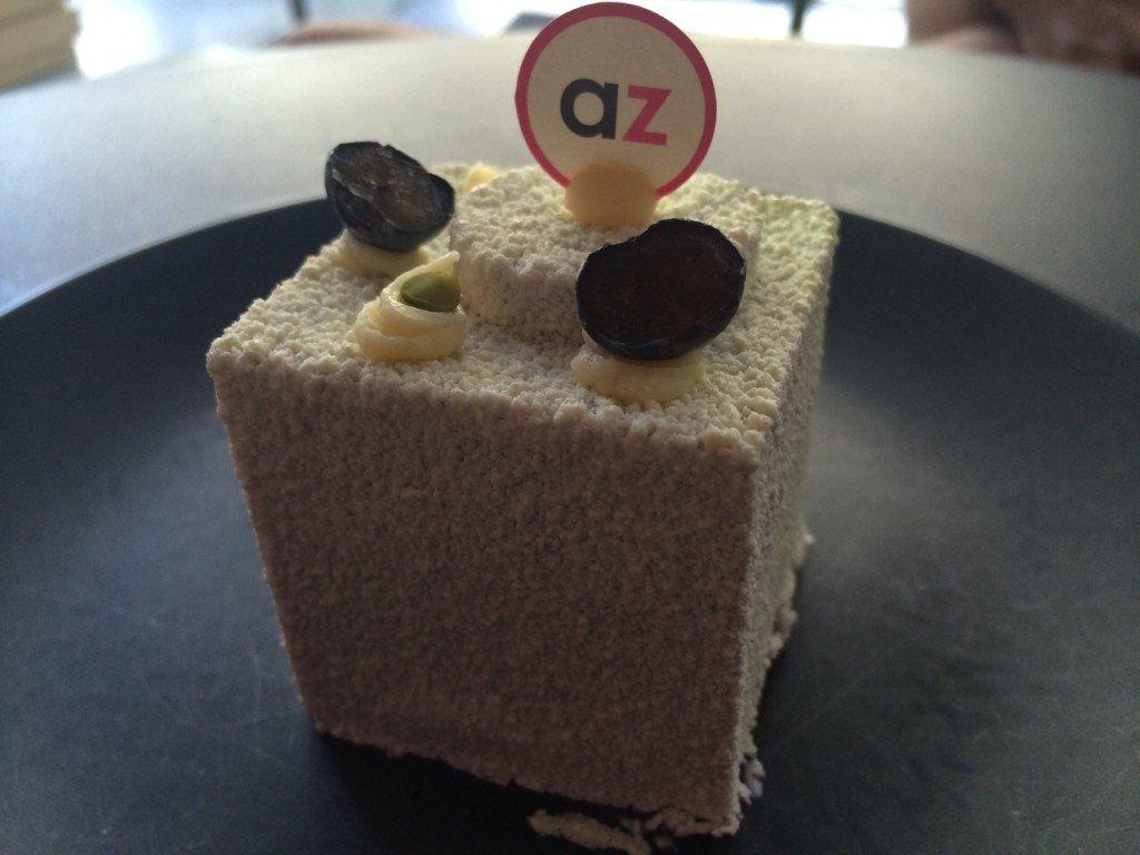 Adriano Zumbo in Melbourne PLOG flowerless chocolade cake