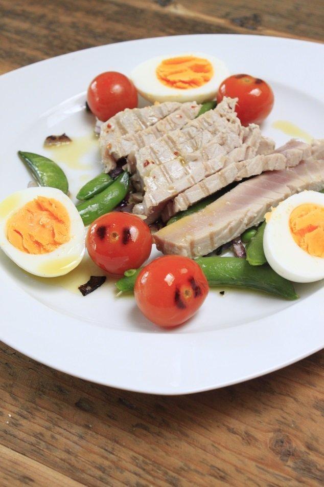Lauw warme tonijnsalade