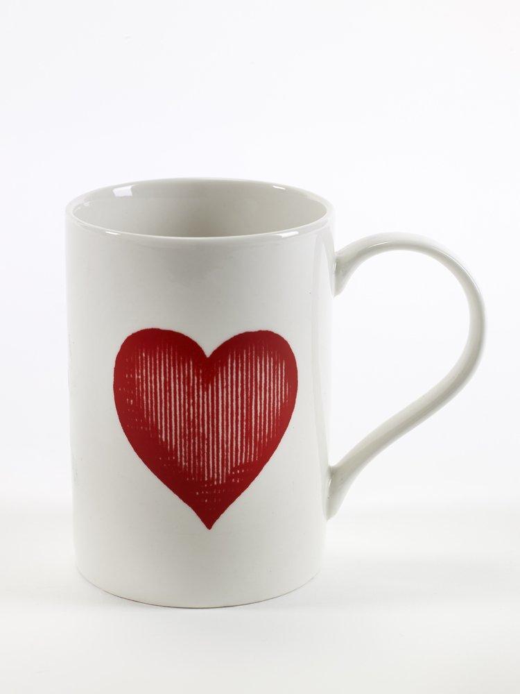 Koffie en theemokken voor moederdag met rood hartje cadeautip