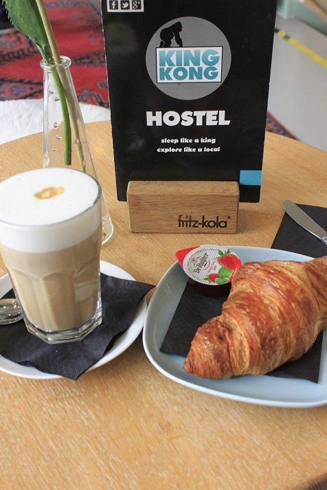 Ontbijt bij King Kong Hostel en lekkere koffie in Rotterdam