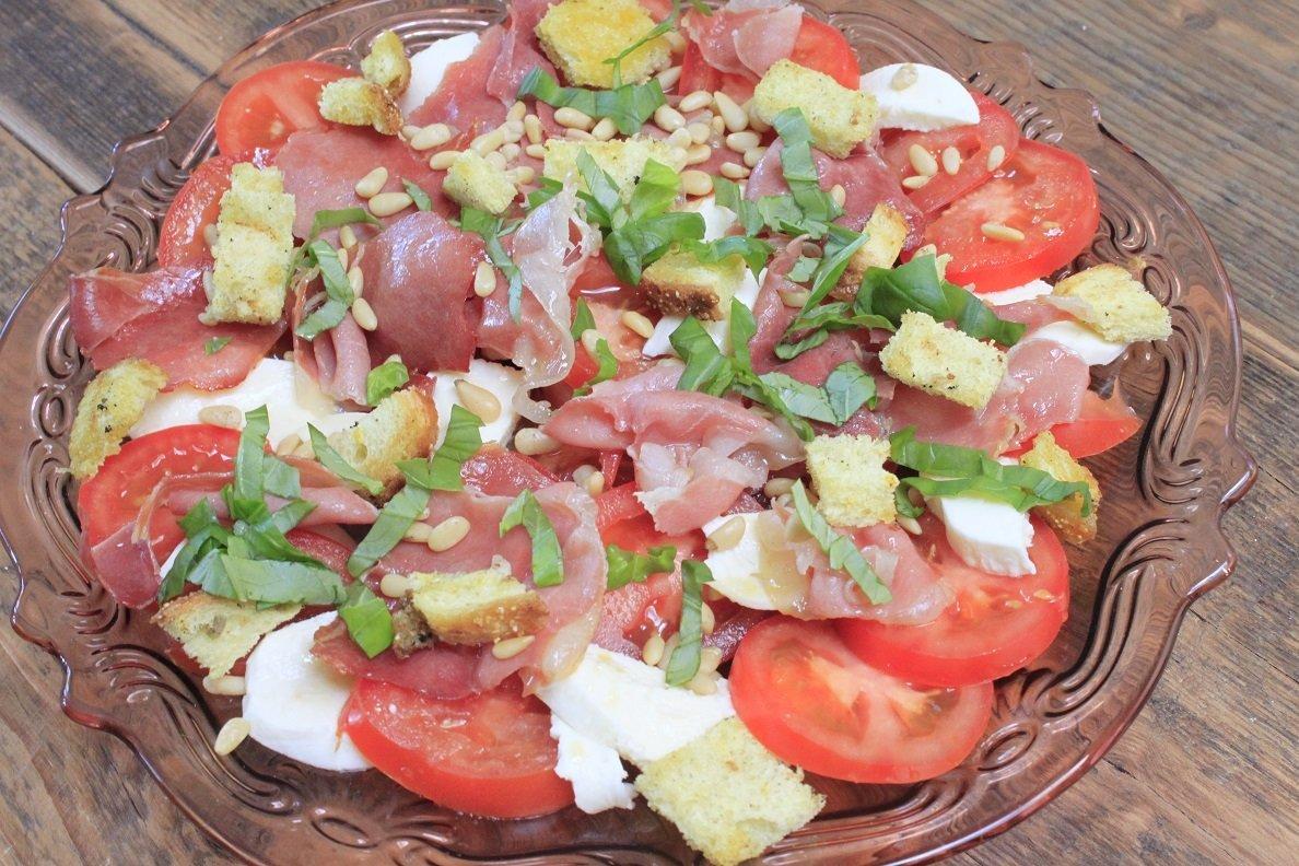 Salade Caprese Foodblog Foodinista recept