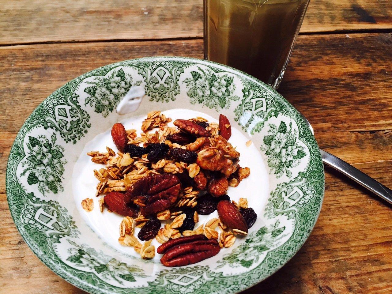 Honing granola met noten recept foodblog Foodinista