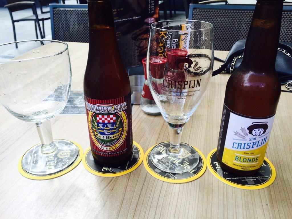 Brabantse bierjtes op het terras foodblog Foodinista september eetdagboek