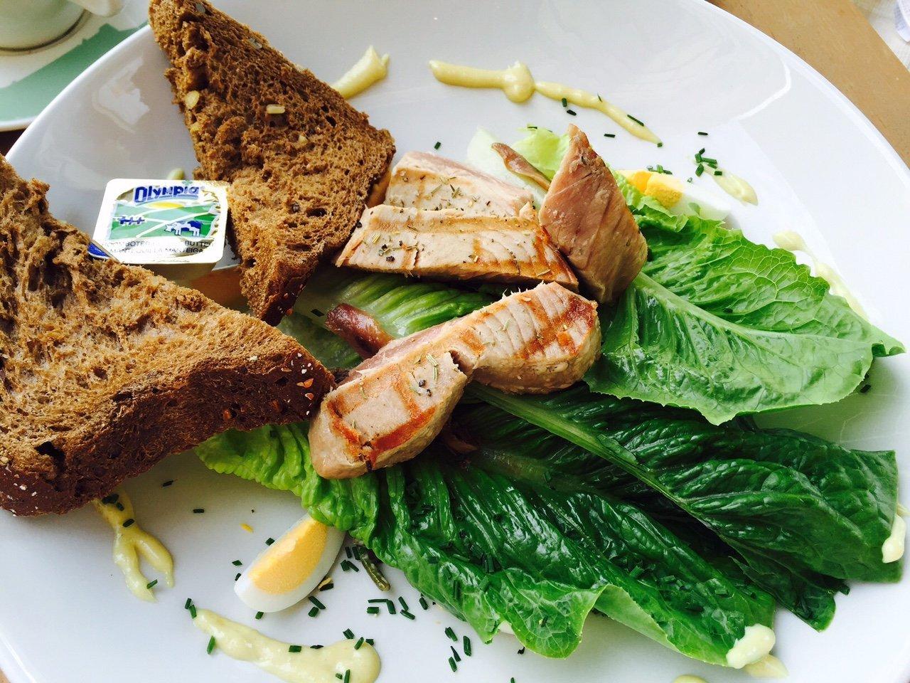 Salade Nicoise Restaurant De Waag in leiden