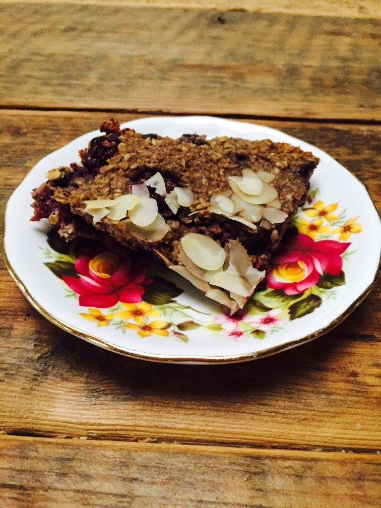 Chocolade ontbijtcake recept gezondermaand foodblogger Foodinista