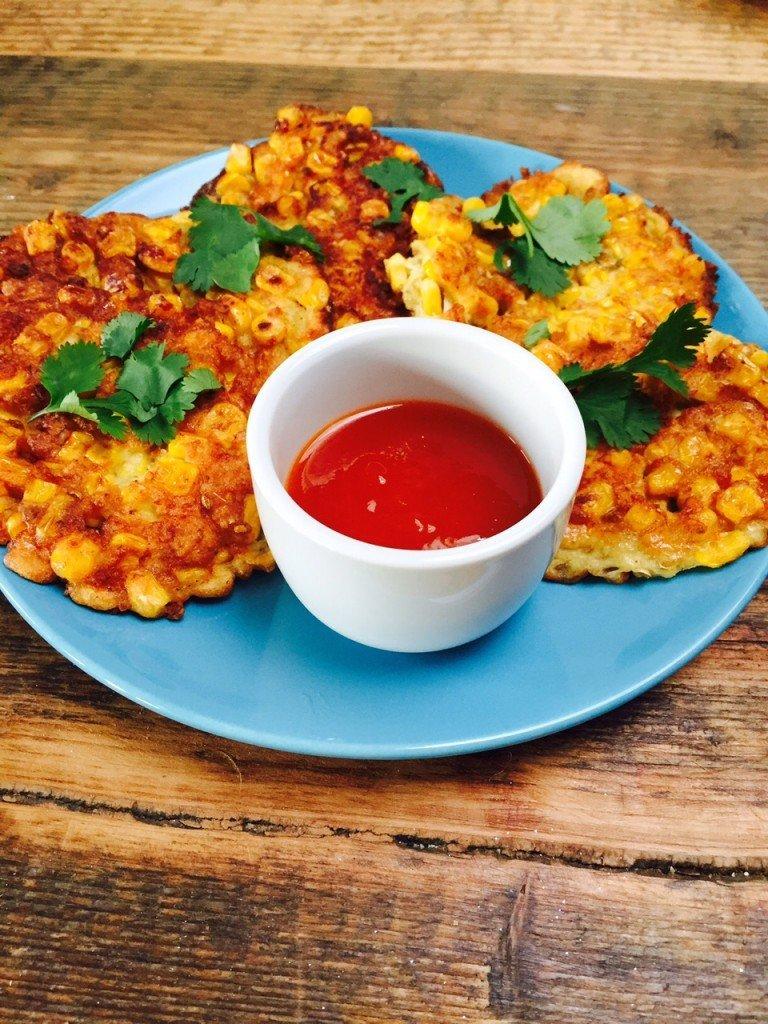 Aziatische kerst en nieuwjaarshapjes maiskoekjes met chilisaus foodblog Foodinista