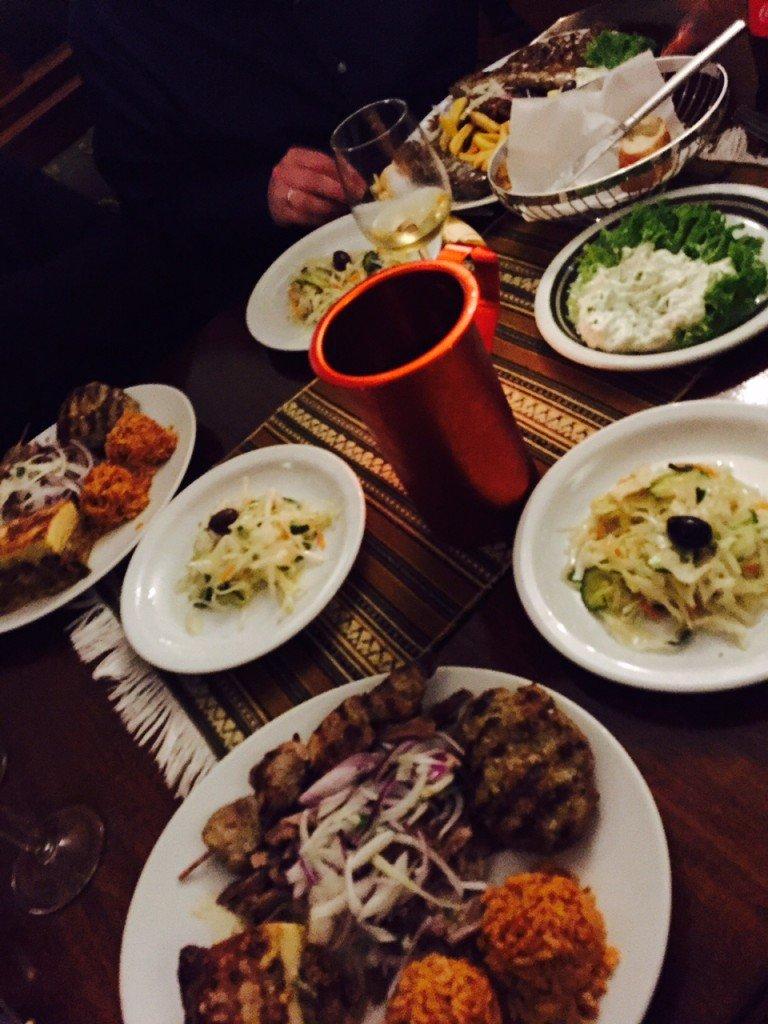 Uiteten met vrienden Grieks restaurant Breda Brabant Foodblog Foodinista