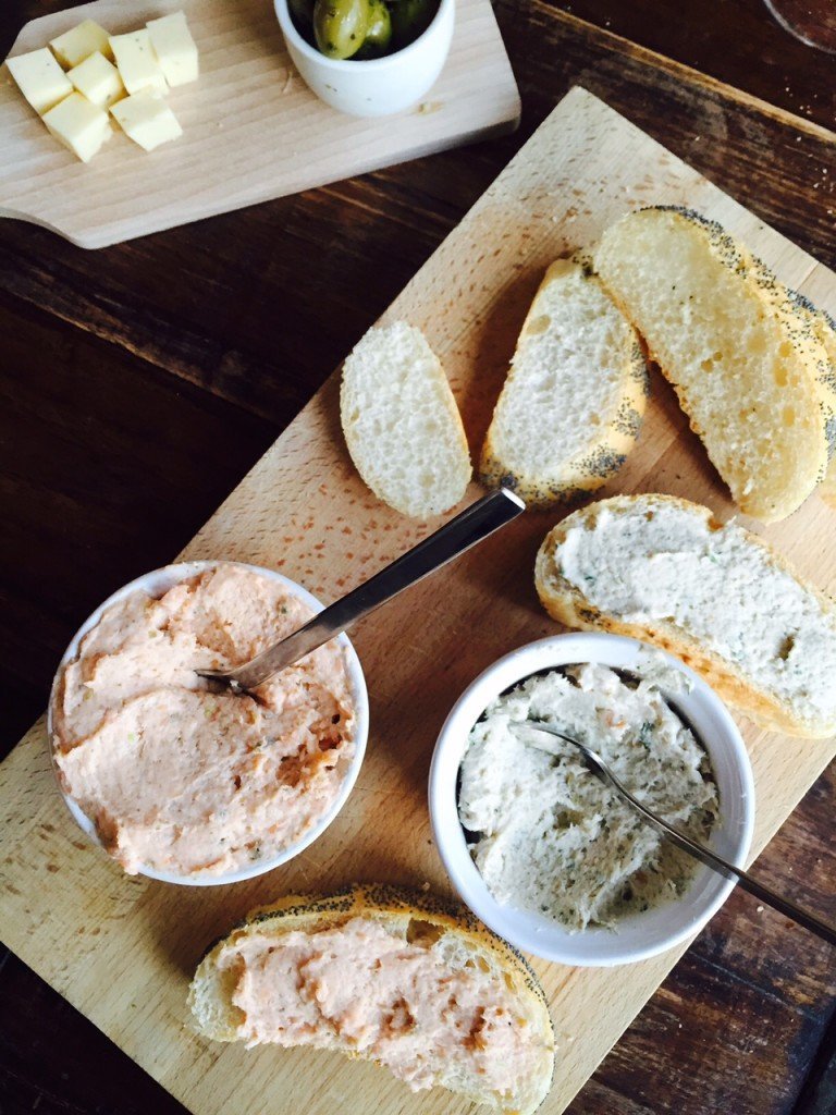Zalmsalade en forelsalade zelf maken receptblog Foodinista