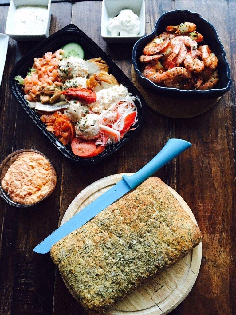 Borrelavond thuis visschotel Foodblog Foodinista