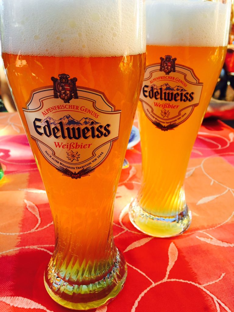 Lokaal Oostenrijks bier Edelweiss tips in Innsbruck en omgeving