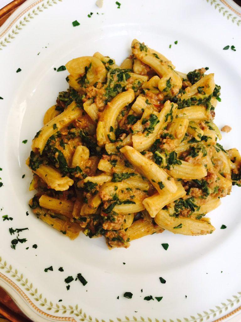 Dagje in Lucca Lunchen bij mijn favoriete restaurantje met de beste homemade pasta ever tips van foodblog Foodinista