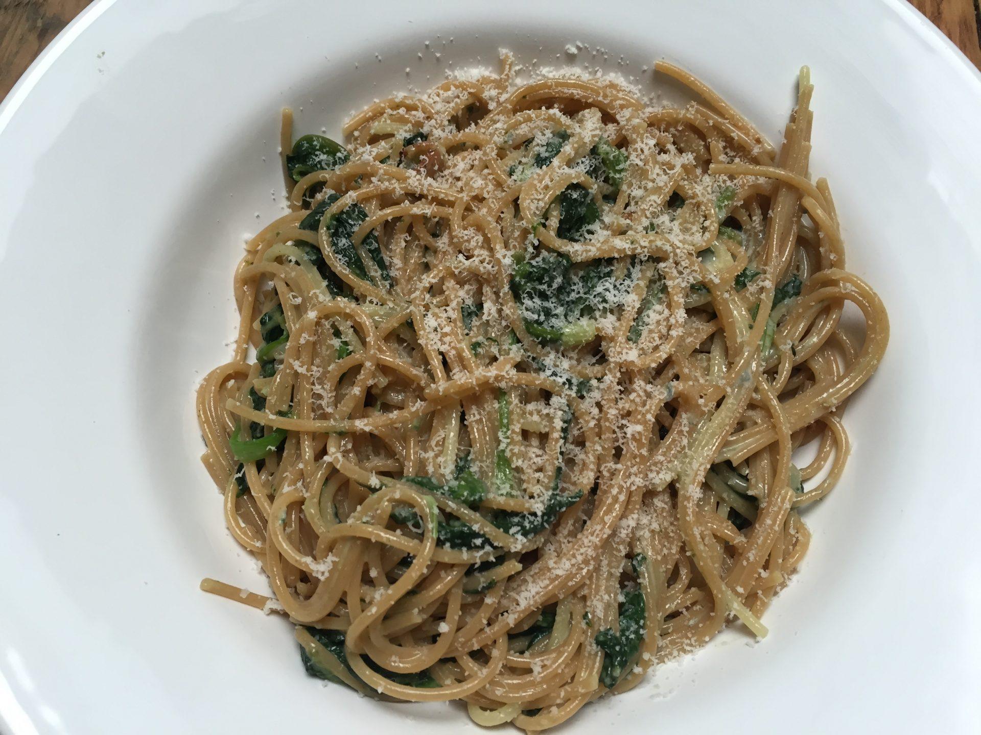 recept voor spaghetti met spinazie en blauwe kaas foodblog Foodinista