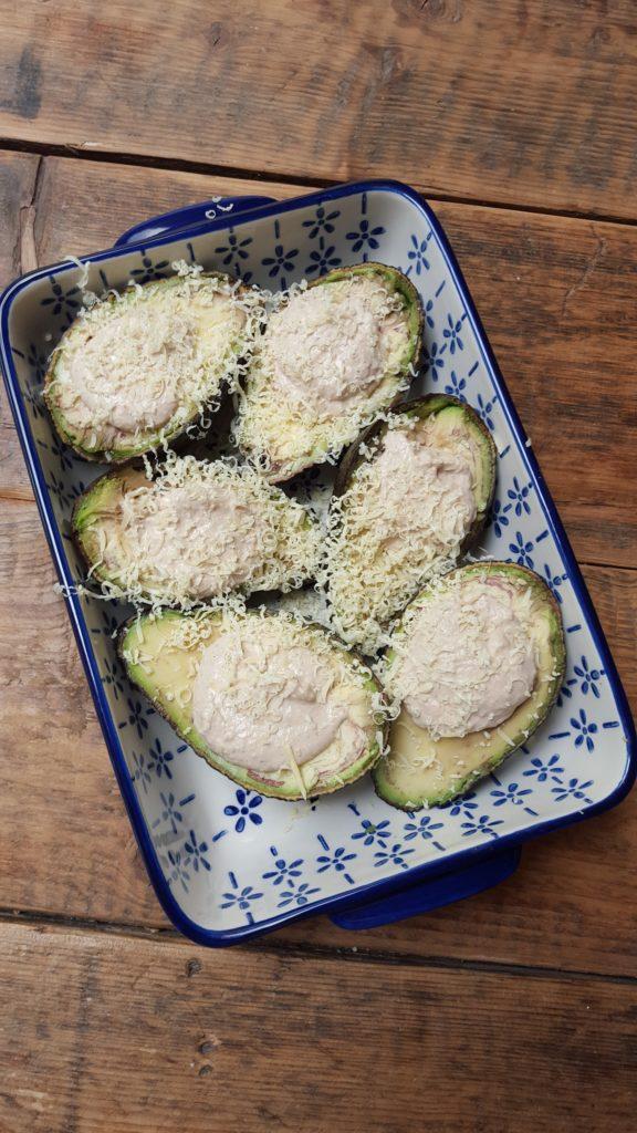 Gevulde avocado met zalmmousse recept van foodblog Foodinista
