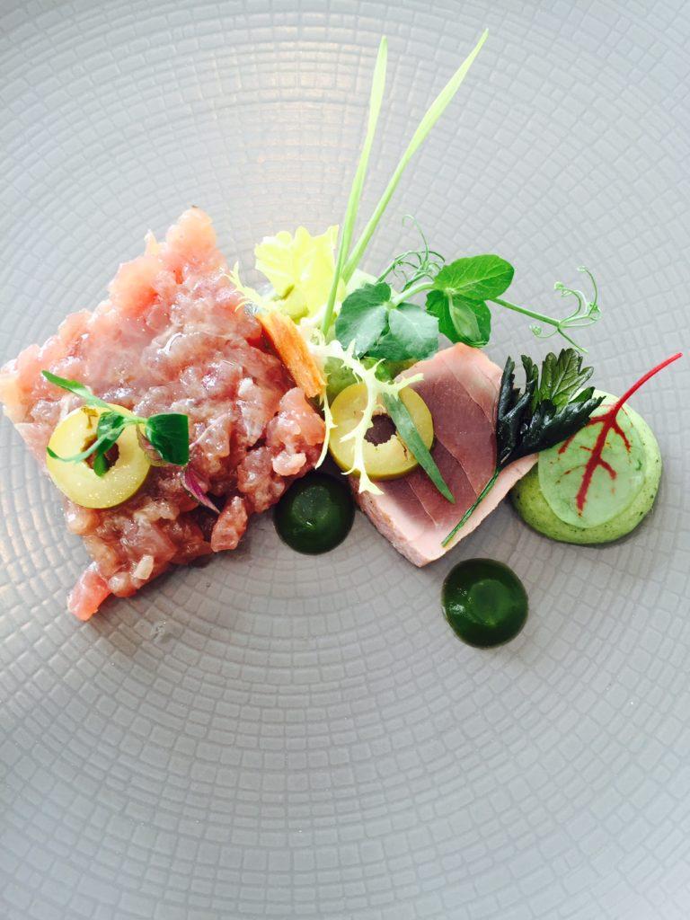 Yellow fin tonijn met appel restaurant De Fuik foodblog Foodinista