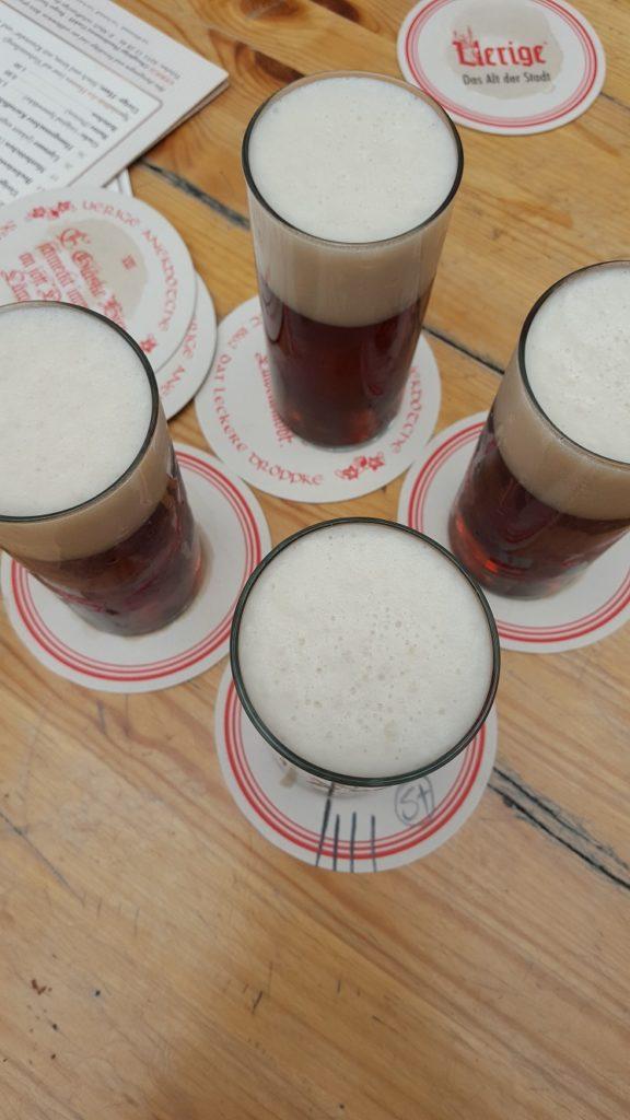 Huisgebrouwen Uerige bier in Düsseldorf