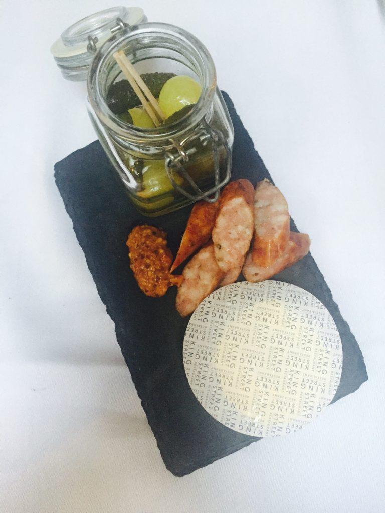 Simpel en stijlvol dineren boterpapier bij Kingstreet