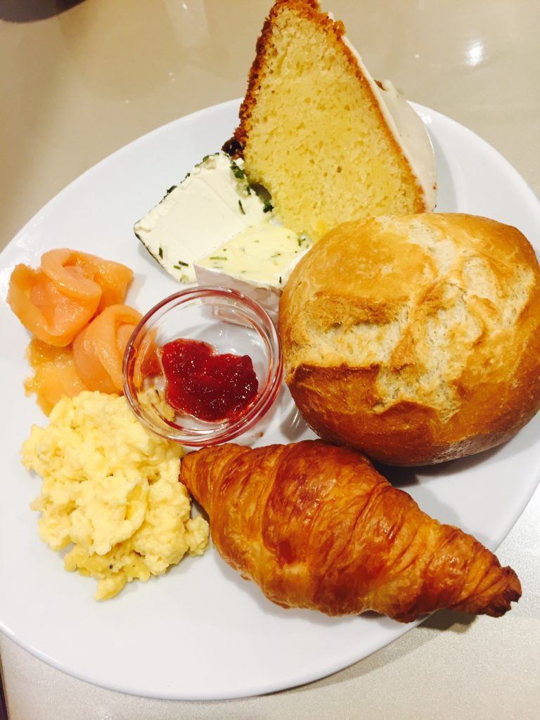 Ontbijt bij Mercure City foodie in dusseldorf foodblog Foodinista