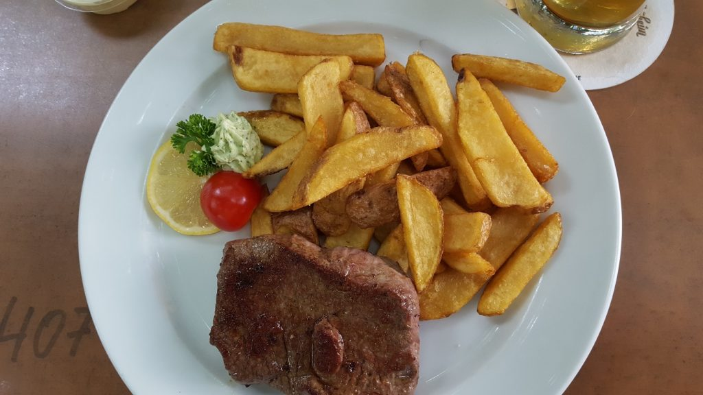 Steak met frietjes foodie in Dusseldorf