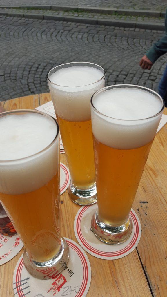 Foodie in Dusseldorf weizen bij Uerige in Altstadt