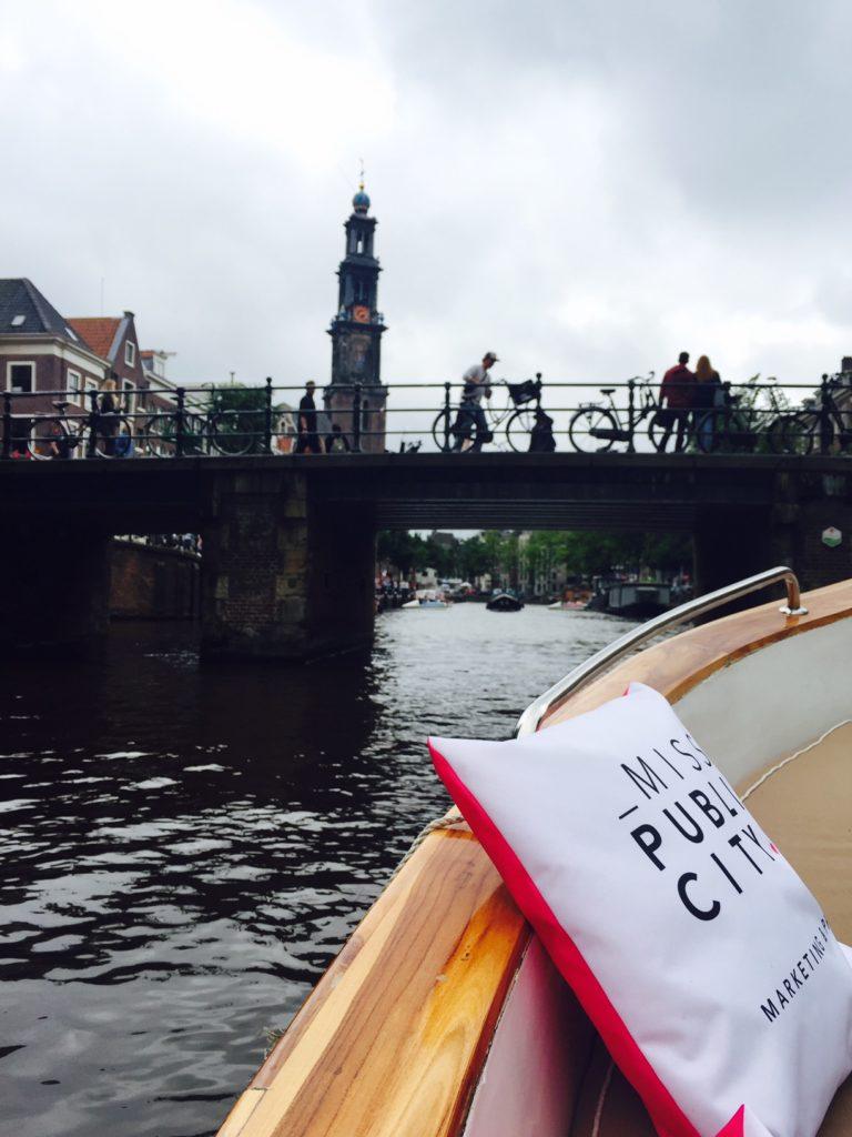 Bloggers on Board in Amsterdam blogger Foodinsita