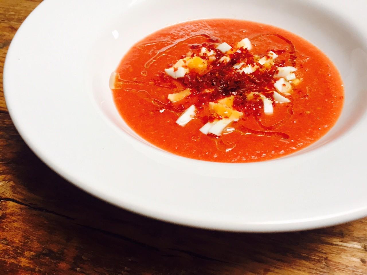 salmorejo Spaanse koude tomatensoep recept van foodblog Foodinista