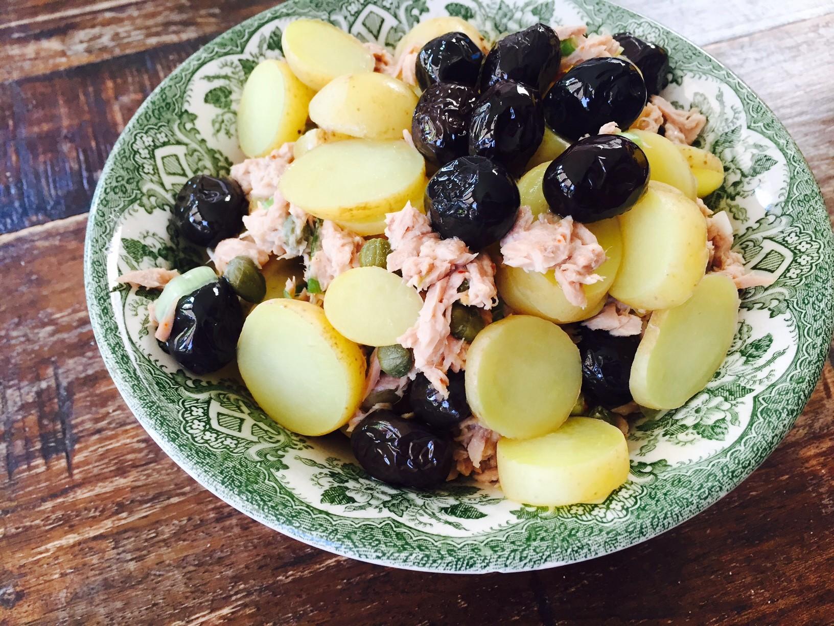 tonijnsalade met aardappeltjes recept van foodblog Foodinista