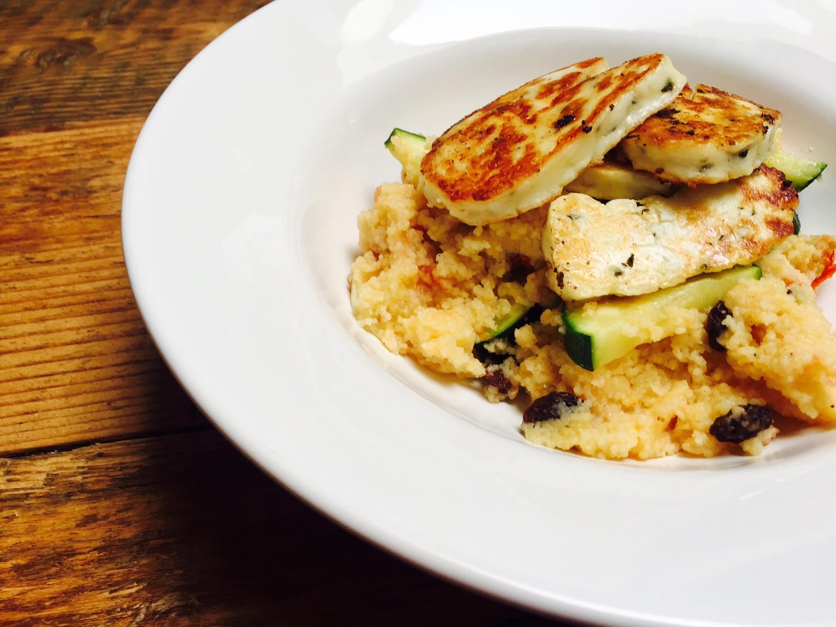 Couscoussalade met halloumi recept van Foodblog Foodinista