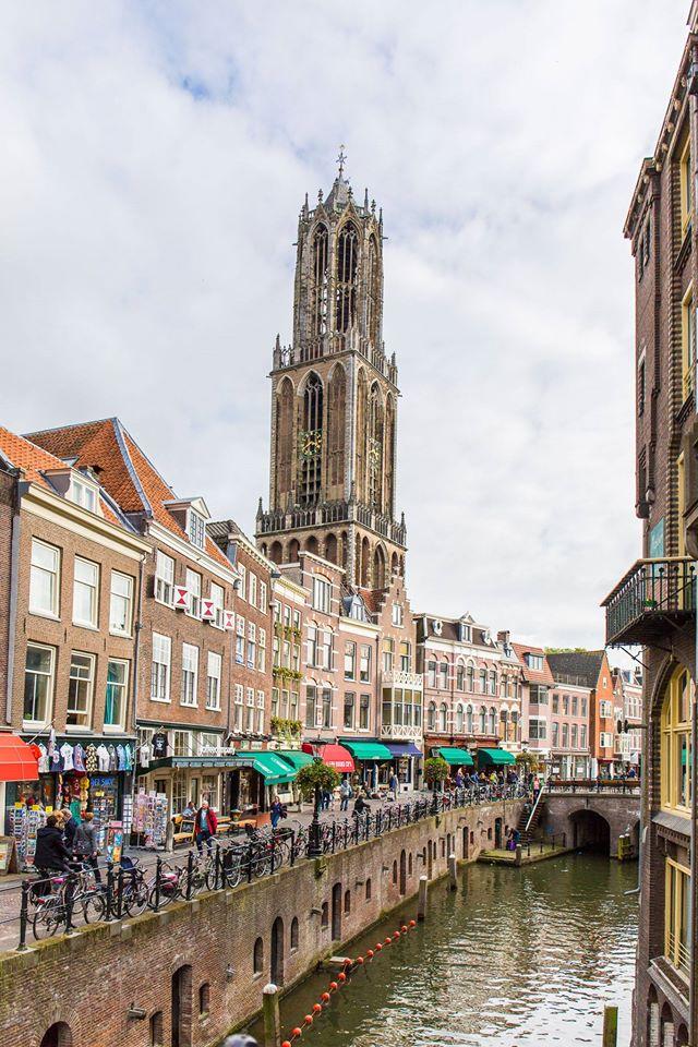 Utrecht grachten en de dom budgetweekendje Utrecht foodblog Foodinista