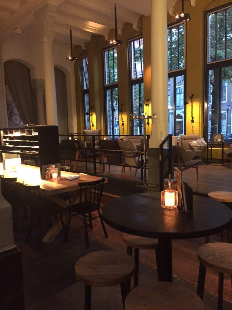 dineren bij Restaurant Postplaza in Leeuwarden foodie in Friesland foodblog Foodinista