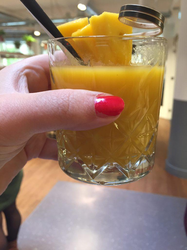 Oktober Dagboek ontvangst drankje bij StayOkay Utrecht weekendje utrecht foodblog Foodinista