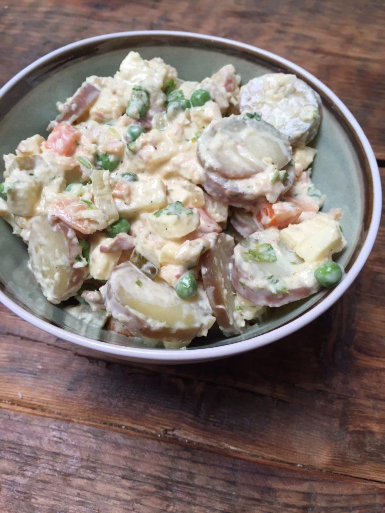 Zelf huzarensalade maken recept van foodblog Foodinista