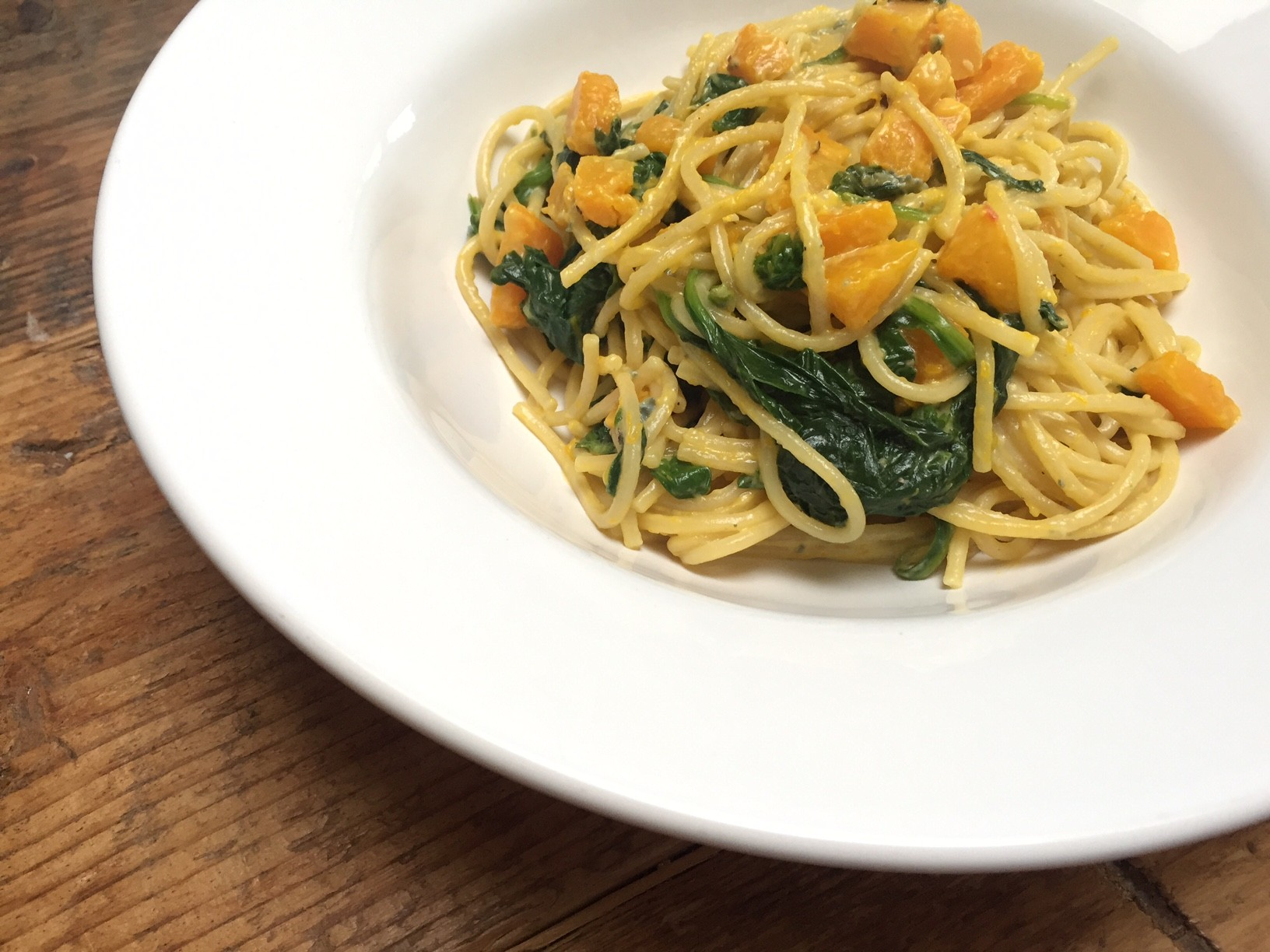 Spaghetti met pompoen en spinazie recept van foodblog Foodinista