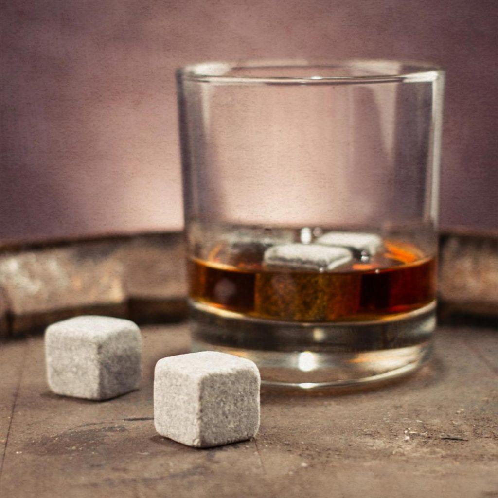 Whiskystones 5x borrelgadgets leuke kerstcadeautjes tips van foodblog Foodinista