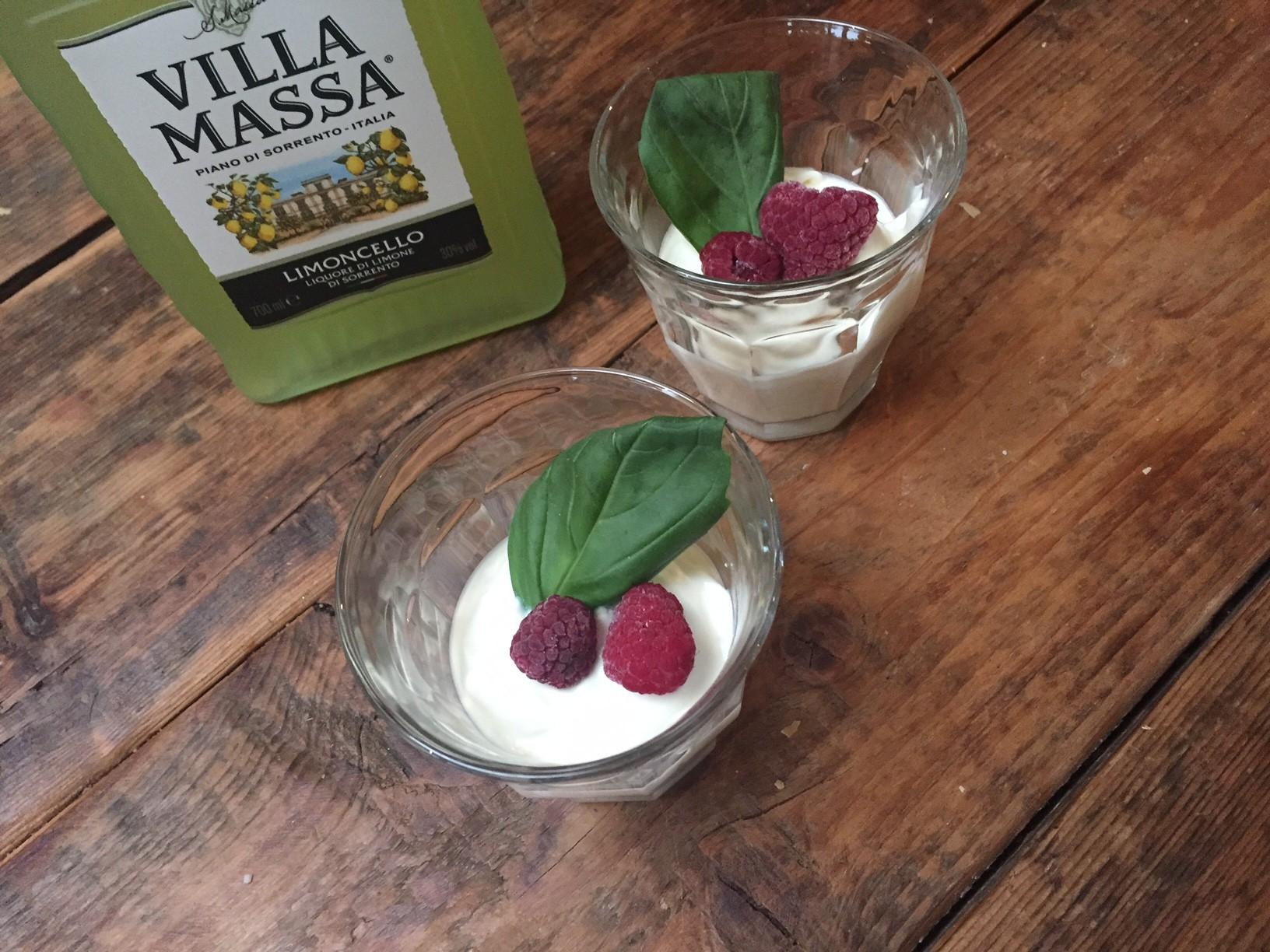 Snelle witte chocolademousse met limoncello recept van foodblog Foodinista