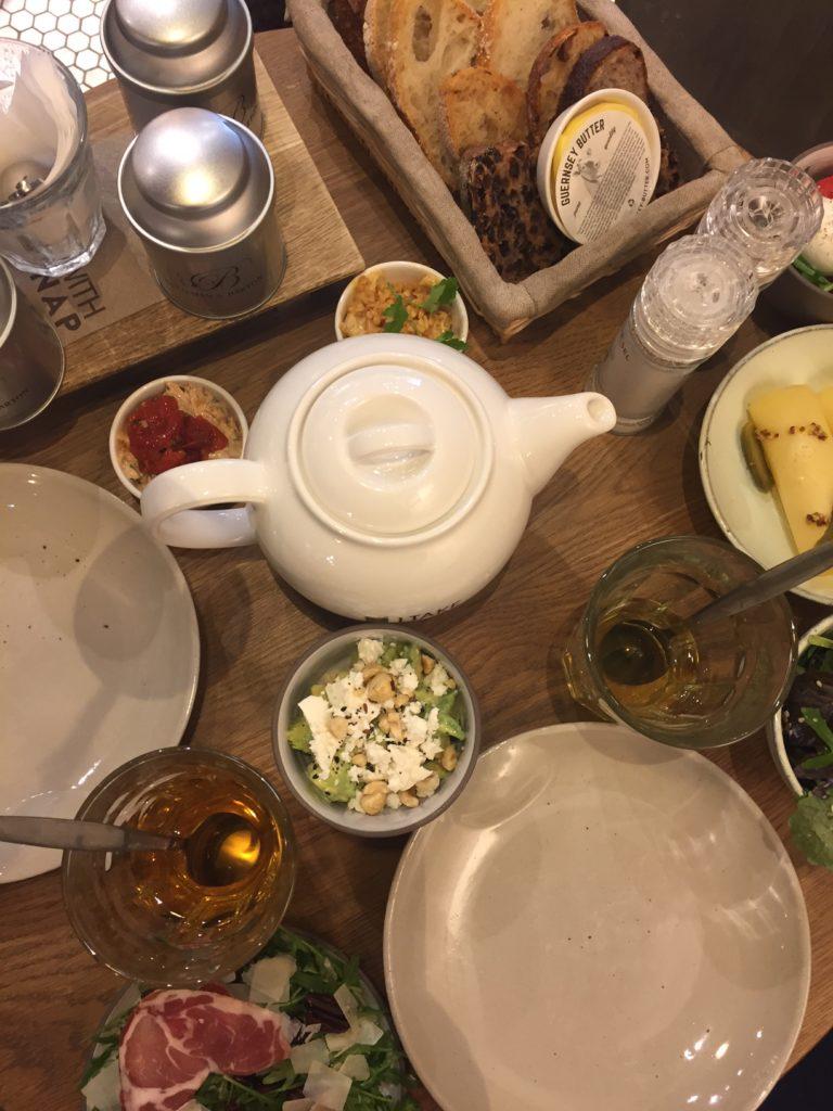 Hartige hapjes high tea Vlaamsch Broodhuys Den Bosch Februari Dagboek Foodblog Foodinista