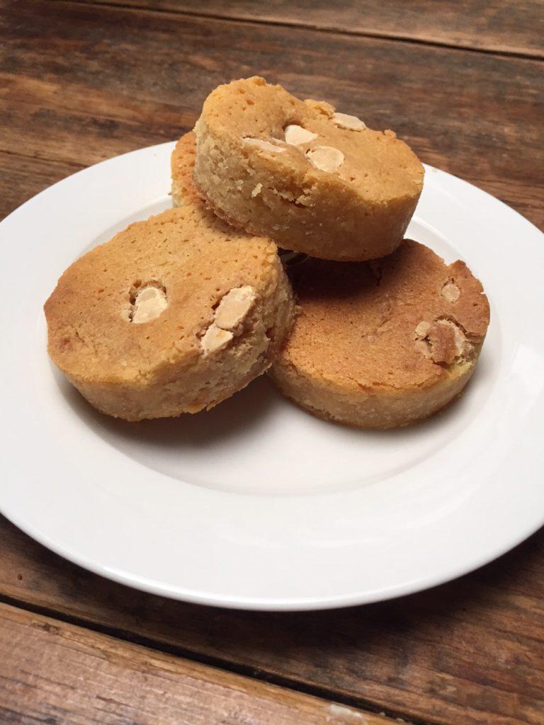 Recept voor witte chocolade blondies van foodblog Foodinista
