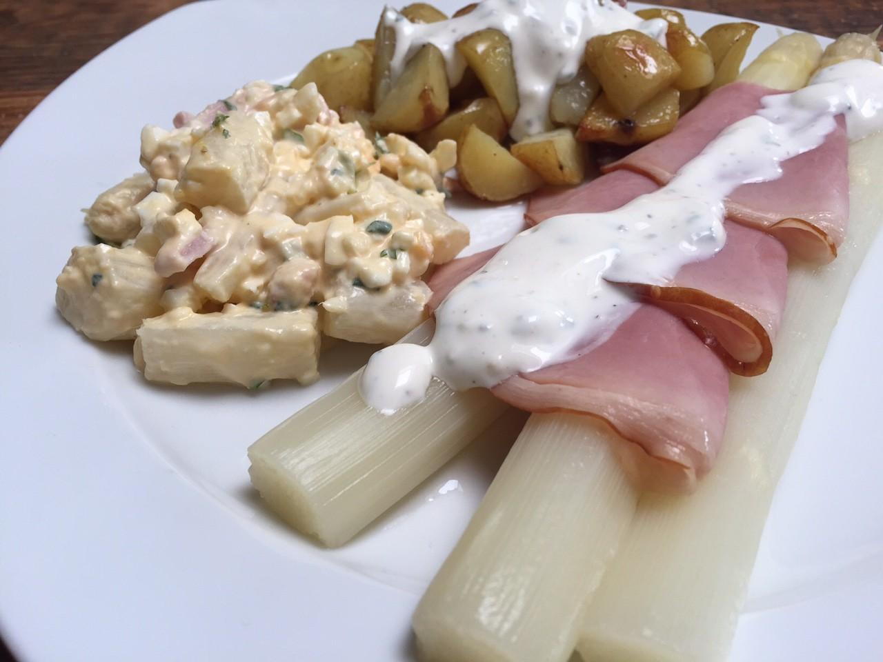 Recept voor Asperges met ham en kruidensaus Foodblog Foodinista