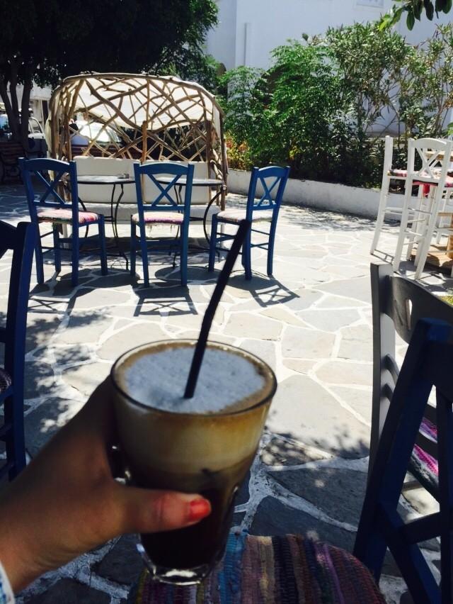 Relaxen op terrasjes in het kasteeldistrict Naxos Cycladen Griekenland Foodblog Foodinista