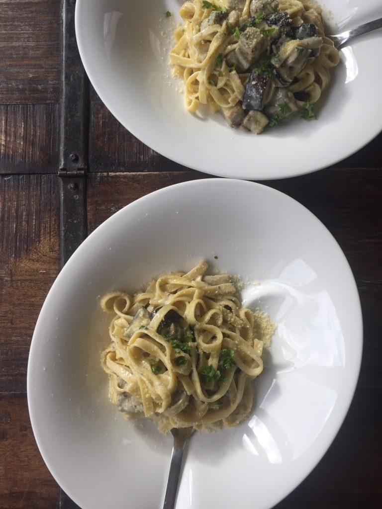 Tagliatelle met gorgonzolasaus en aubergine recept van foodblog Foodinista