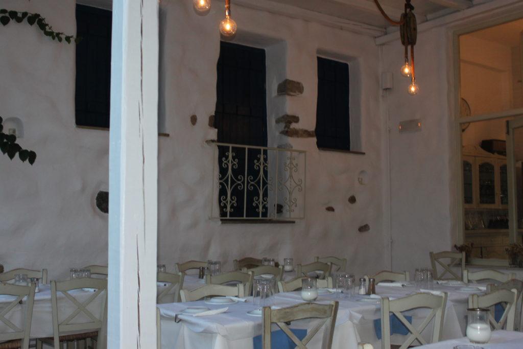 Restaurant Apostolis Naxos Chora Old Market Foodblog Foodinista