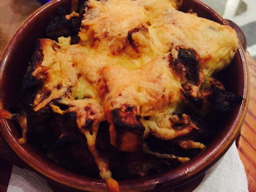 Lams stifado Dineren bij restaurant Metaxa Old Market Naxos Cycladen Griekenland Foodblog Foodinista