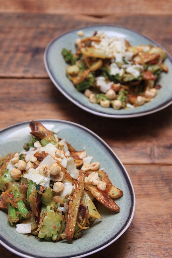 Italiaanse aardappelsalade met groente foodblog Foodinista