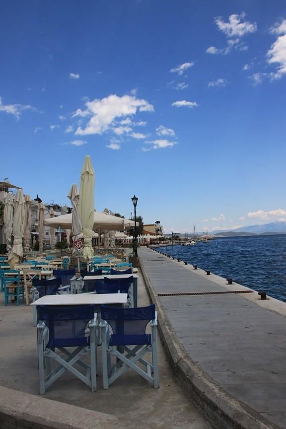 Lunchen aan zee Legada Chios Griekenland Foodblog Foodinista