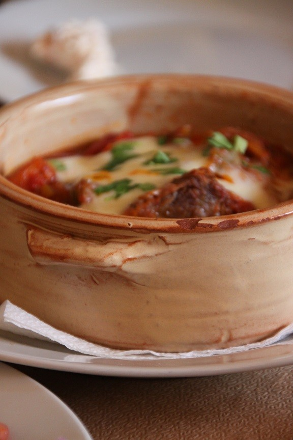 Moderne griekse stoofschotel Restaurant Aloni Chios Griekenland Foodblog Foodinista