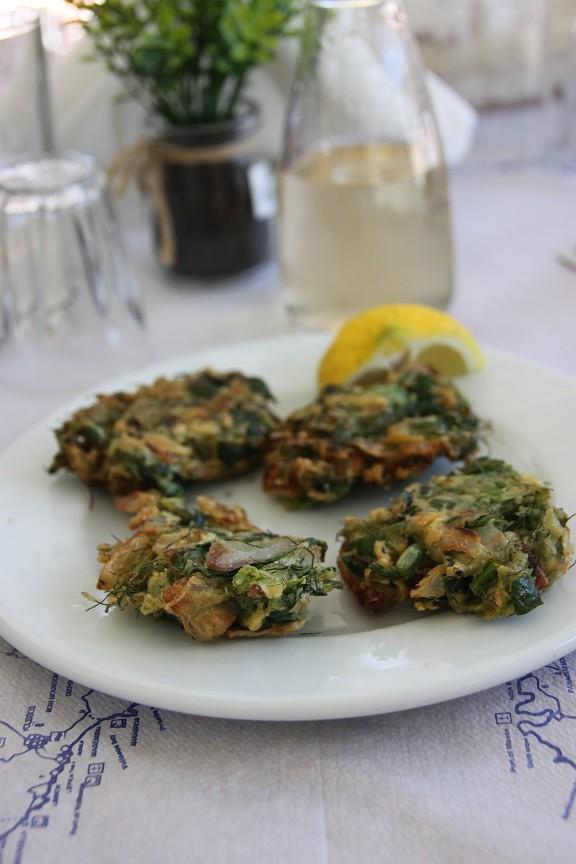 Kookworkshop Griekse spinaziehapjes Foodie op chios Griekenland foodblog Foodinista